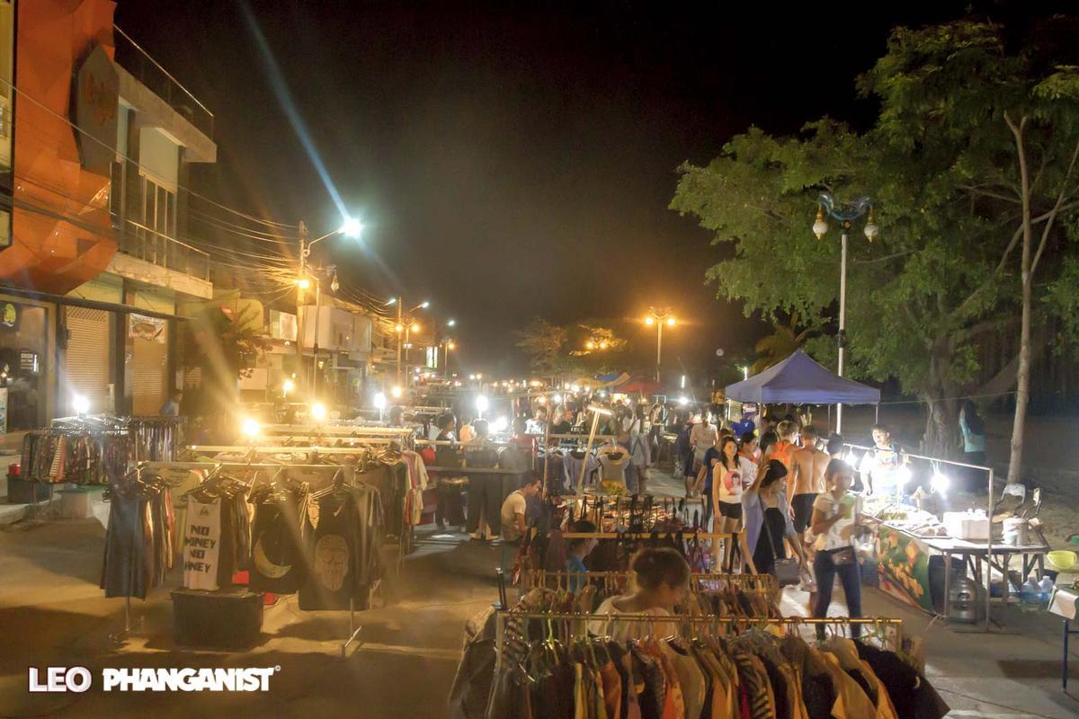 Walking Street Market