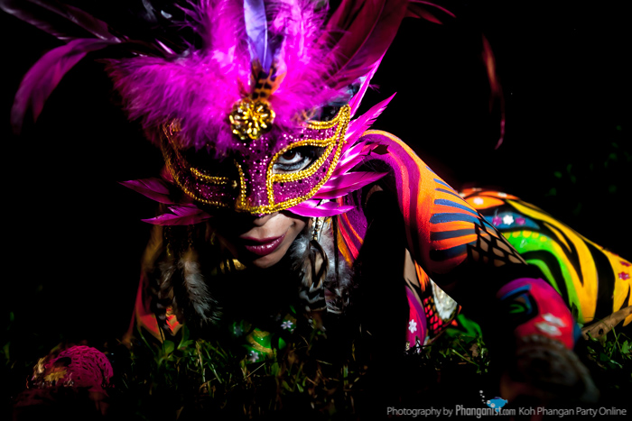 body art, body paint, alien sistars, sisters, luana, andrea, art, phangan, party
