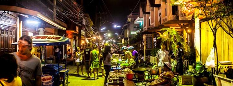 http://phanganist.com/sites/default/files/saturday-walking-street-thong-sala.jpg