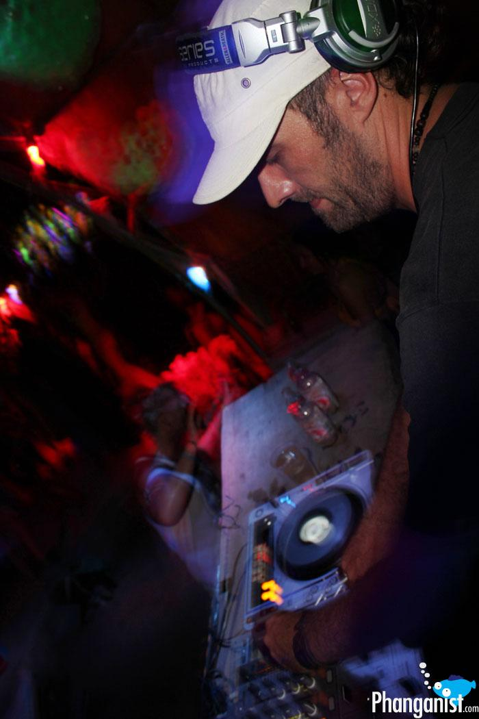DJ absolud at the Jungle Experience