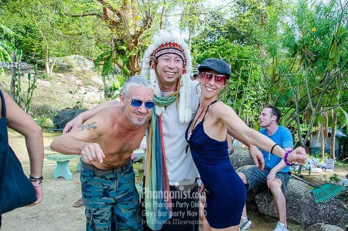 guys bar sanctuary hat tian phangan party