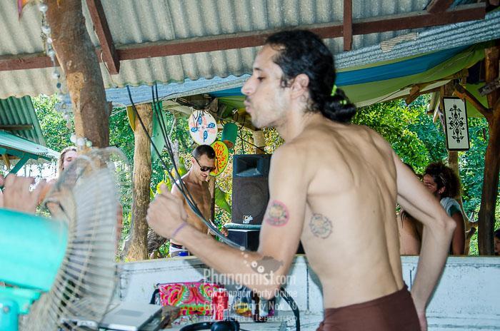 david chong dj phangan party guys bar