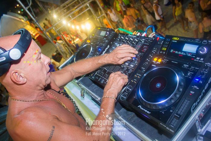 graham gold, dj, house music, party, phangan