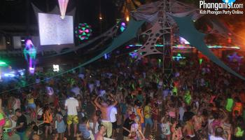 halfmoon party, Party, baan tai, blog, house music, trance music