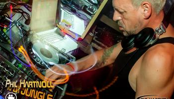 phil hartnoll, jungle experience, movie, video, phangan, tech house, party, news